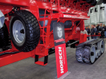 /ext/galleries/national-farm-machinery-show-highlights-new-products/full/01-019-NFMS_DK_0217.png