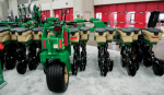 /ext/galleries/national-farm-machinery-show-highlights-new-products/full/05-001-NFMS_DK_0217.png
