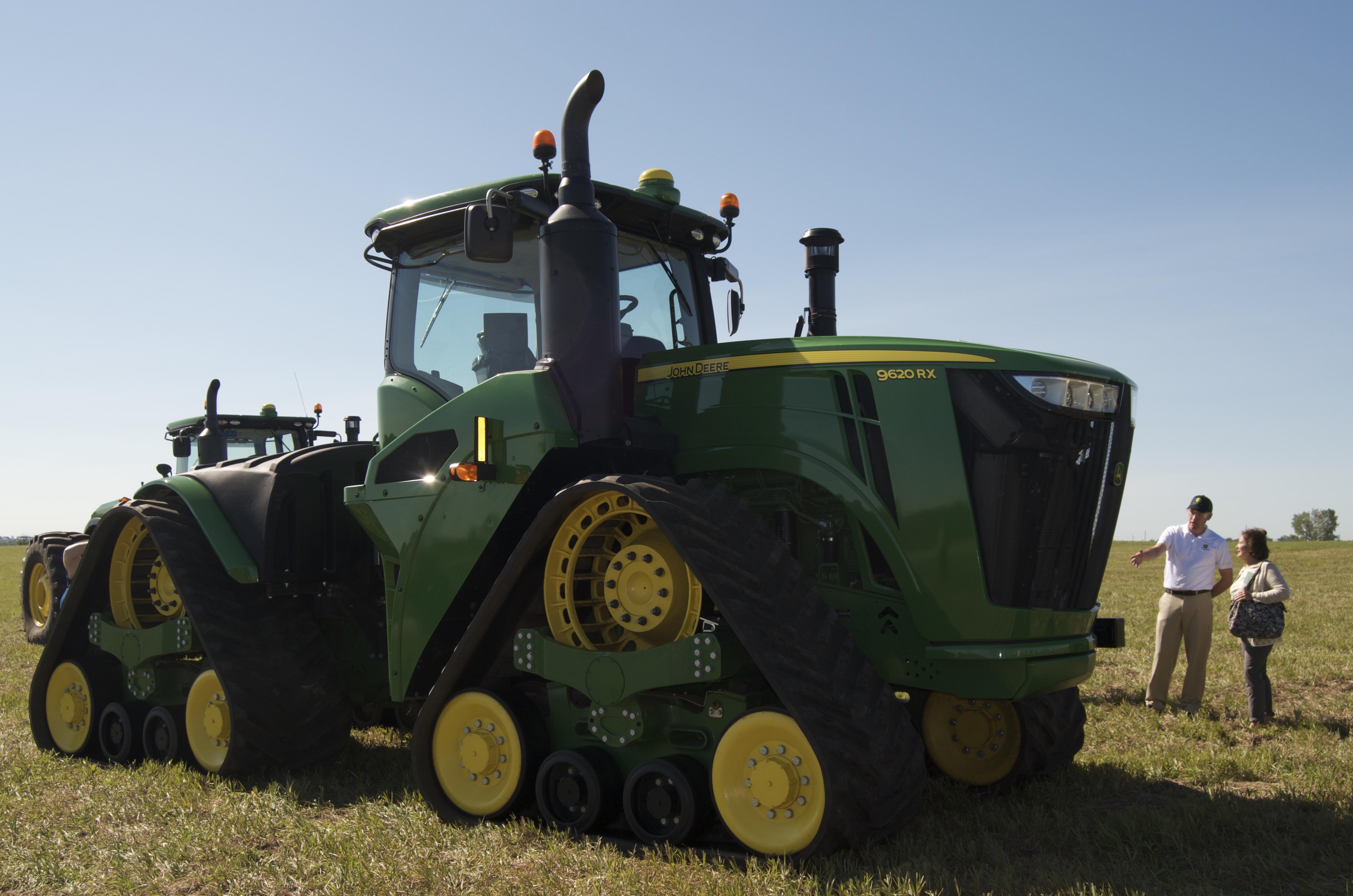 John Deere Tractors Product : John deere unveiled new track rx series tractors