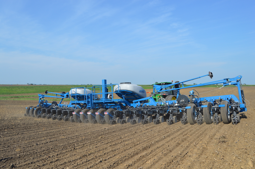 Kinze Introduces New 60 Foot Planter Prototype Farm Equipment