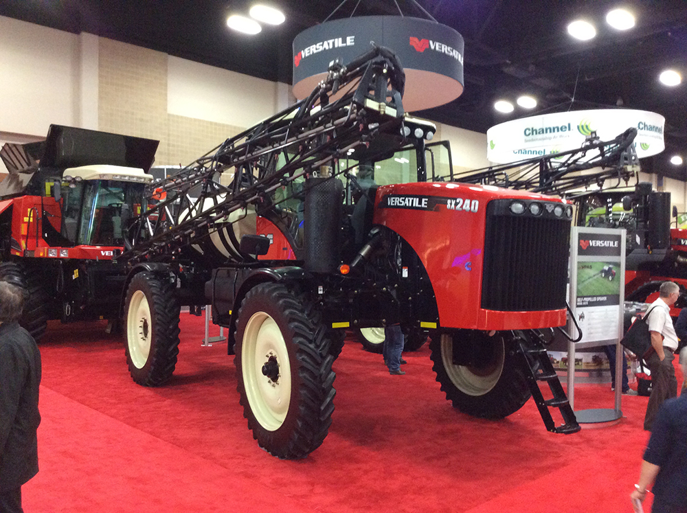 Versatile Launches New Self-Propelled Sprayers