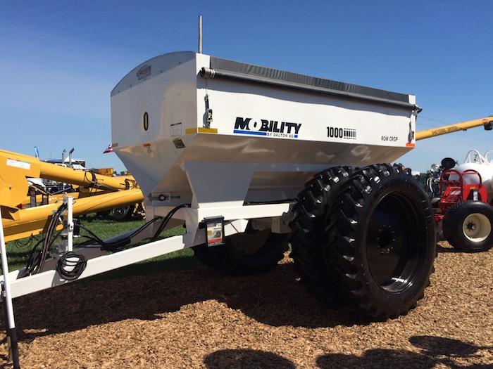 Pay State Farm Bill >> Dalton Ag Inc. Mobility 1000 Dry Fertilizer Spreader | Farm Equipment