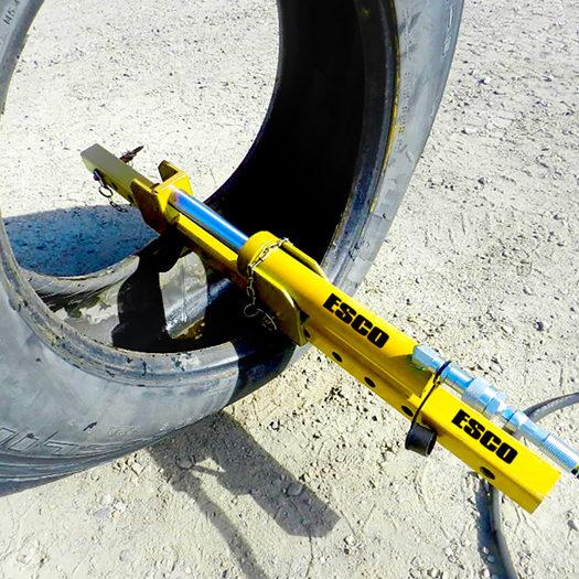 ESCO OTR tire spreader_0817 copy.jpg