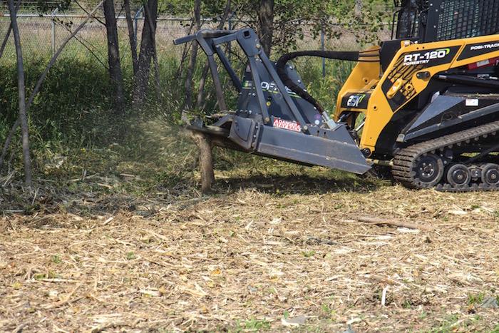 Loftness Bad Ax Disc Mulcher | Farm Equipment Publication