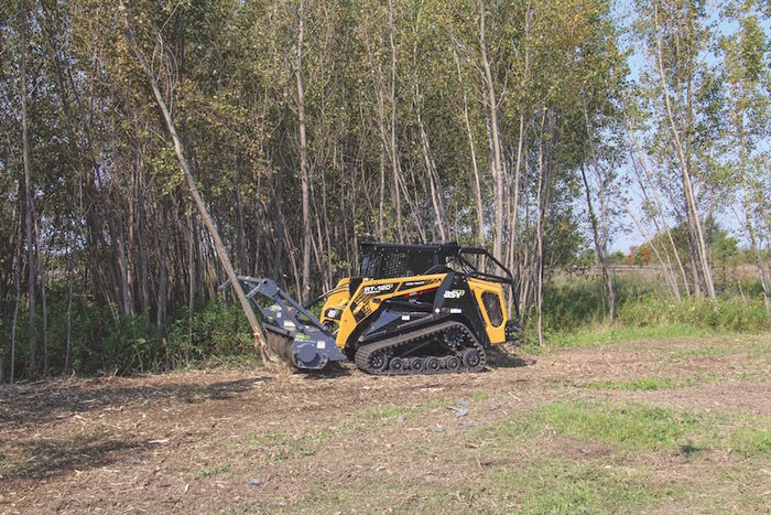Loftness_Battle_Ax_Skid_Steer_1117 copy