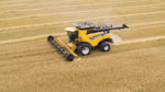 New-Holland-CR-Revelation-Series-Combine-with-IntelliSense-copy