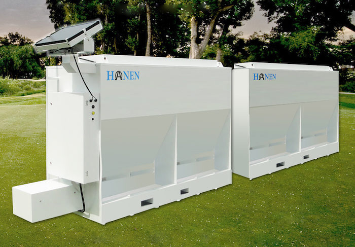 Hanen Automatic Cattle and Livestock Feeder_1119 copy
