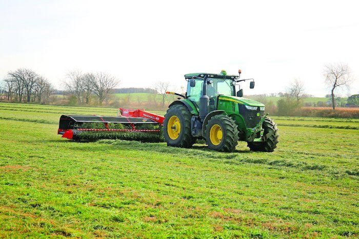 Kuhn MM 890 Merge Maxx Hay Merger_1119 copy