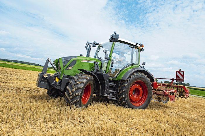 AGCO Fendt 300 Vario Series Tractors_0820 copy