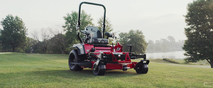 Country Clipper Zero Turn Mowers Country Clipper Charger & Boss XL Commercial Series_1220 copy