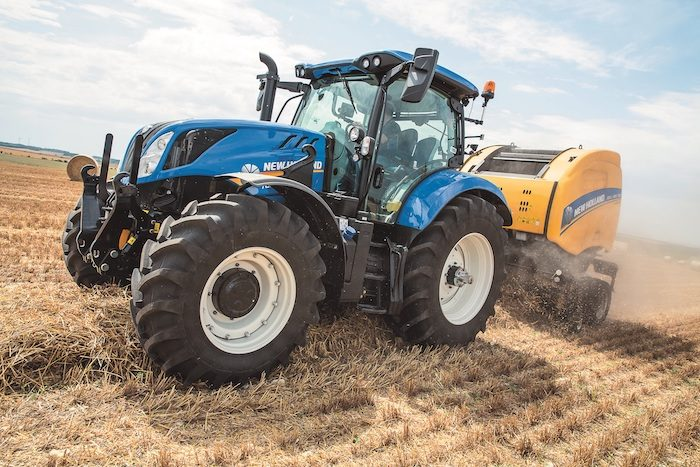 New Holland Agriculture T6.160 Dynamic Command Tractor_1220 copy