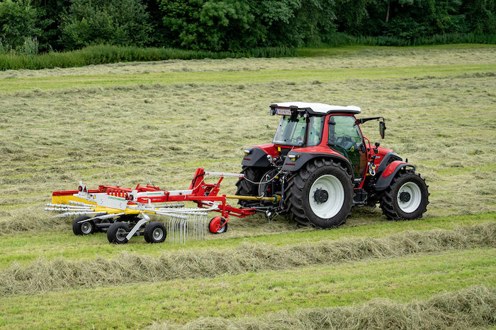 Pöttinger TOP 422 A and 462 A Single Rotor Rakes; TOP 632 A and TOP 692 A Twin Rotor Rakes _0720 copy