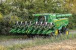 John Deere Rigid and Folding Corn Heads_1120 copy