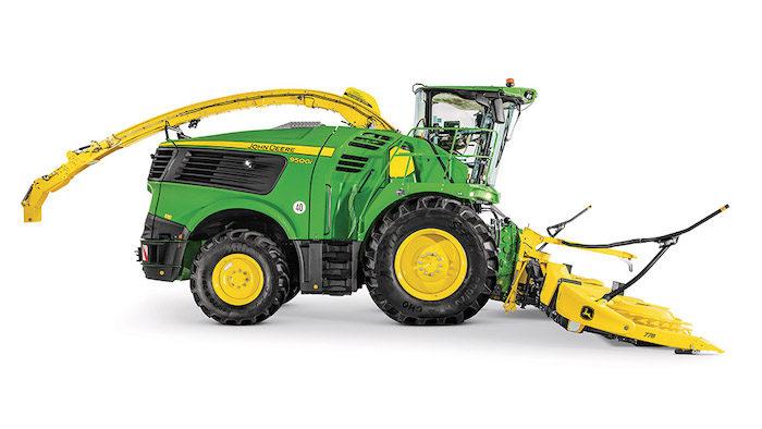John Deere 9500 and 9600 Self-Propelled Forage Harvesters_0921 copy