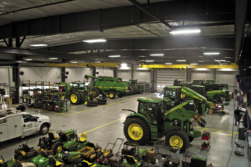 Hiawatha Implement S New Store Combines Form With Function