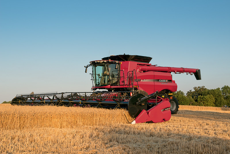CASE IH LAUNCHES STATE-OF-THE-ART DRAPER AND CORN HEADERS, MAKES MAJOR INVESTMENTS