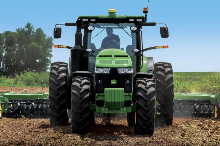 John Deere Rolls Out More Powerful 8R Series Tractors with FT4 Engines