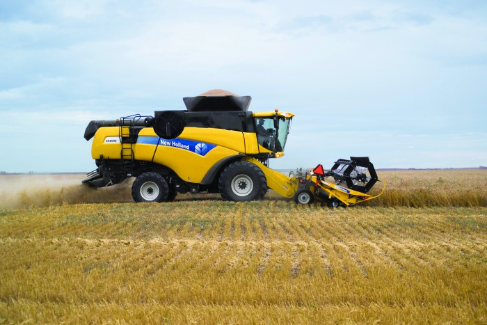 New Holland CX8000 Elevation Combines