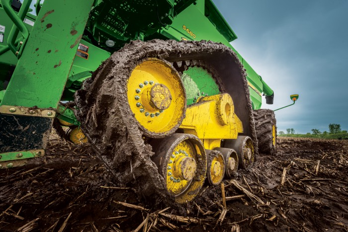 "John Deere Introduces Feature Enhancements and a 36"" Track Option to the S-Series Combine Line-Up"