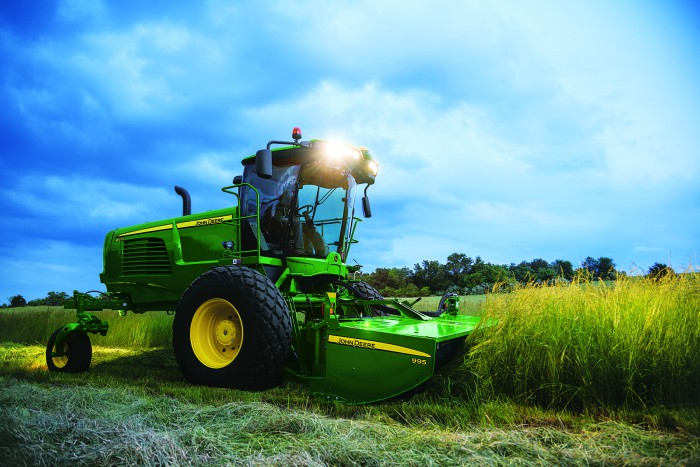 John Deere Introduces the W235 Self-Propelled Windrower