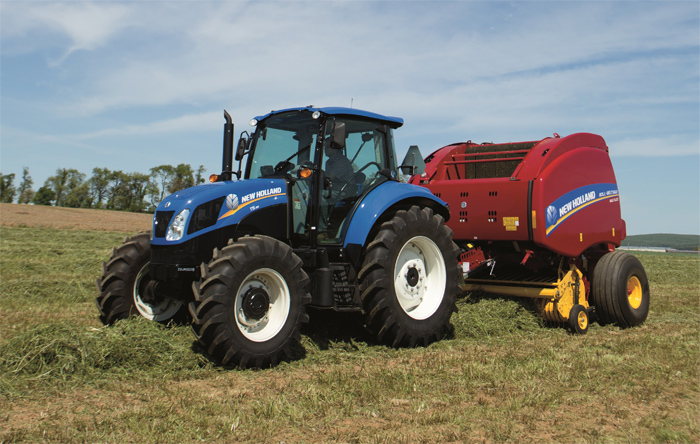New Holland Roll-Belt 560 Round Baler Delivers Higher Baling Capacity