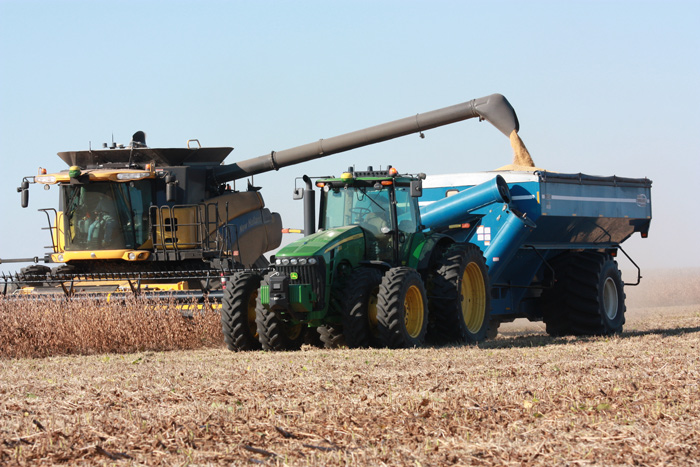 Kinze Adds New Features to Its Autonomous Harvest System